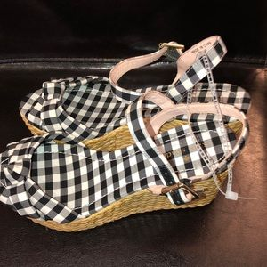 04d15e0c21 kate spade Shoes - Kate Spade Tilly Gingham basket Wedge Sandal New